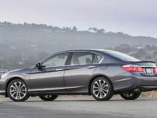 2015-Honda-Accord-Rear-Quarter-44-1500x1000.jpg