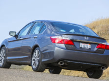2015-Honda-Accord-Rear-Quarter-47-1500x1000.jpg