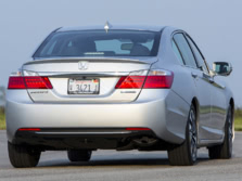 2015-Honda-Accord-Rear-Quarter-7-1500x1000.jpg
