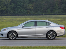 2015-Honda-Accord-Side-1500x1000.jpg