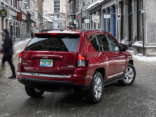 2015-Jeep-Compass-Rear-Quarter-2-1500x1000.jpg