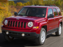 2015-Jeep-Patriot-Front-Quarter-3-1500x1000.jpg