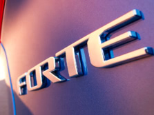 2015-Kia-Forte-Badge-2-1500x1000.jpg
