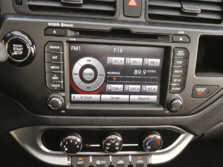 2015-Kia-Rio-Center-Console-3-1500x1000.jpg