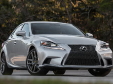 2015-Lexus-IS-Front-Quarter-10-1500x1000.jpg