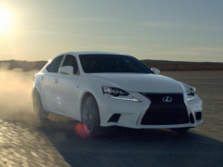 2015-Lexus-IS-Front-Quarter-17-1500x1000.jpg