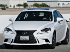 2015-Lexus-IS-Front-Quarter-19-1500x1000.jpg
