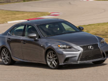 2015-Lexus-IS-Front-Quarter-6-1500x1000.jpg