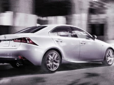 2015-Lexus-IS-Rear-Quarter-2-1500x1000.jpg
