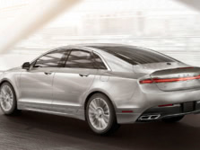 2015-Lincoln-MKZ-Rear-Quarter-1500x1000.jpg