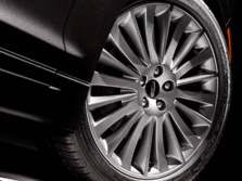 2015-Lincoln-MKZ-Wheels-1500x1000.jpg