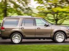2015-Lincoln-Navigator-Side-2-1500x1000.jpg