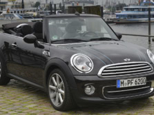 2015-MINI-Convertible-Front-Quarter-1500x1000.jpg