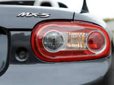 2015-Mazda-MX-5-Miata-Badge-1500x1000.jpg