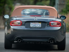 2015-Mazda-MX-5-Miata-Rear-1500x1000.jpg