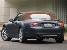 2015-Mazda-MX-5-Miata-Rear-Quarter-2-1500x1000.jpg