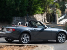 2015-Mazda-MX-5-Miata-Rear-Quarter-3-1500x1000.jpg