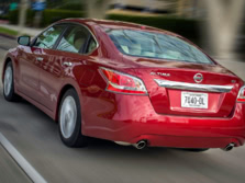 2015-Nissan-Altima-Rear-Quarter-3-1500x1000.jpg