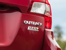 2015-Subaru-Outback-Badge-4-1500x1000.jpg
