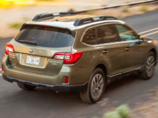 2015-Subaru-Outback-Rear-Quarter-2-1500x1000.jpg