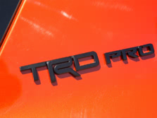 2015-Toyota-4Runner-Badge-1500x1000.jpg