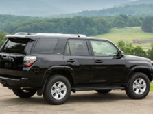 2015-Toyota-4Runner-Rear-Quarter-3-1500x1000.jpg