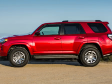 2015-Toyota-4Runner-Side-4-1500x1000.jpg
