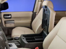 2015-Toyota-Sequoia-Center-Console-5-1500x1000.jpg