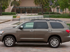 2015-Toyota-Sequoia-Side-2-1500x1000.jpg