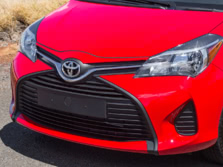 2015-Toyota-Yaris-Badge-1500x1000.jpg