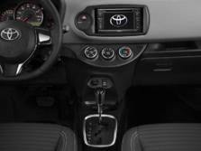 2015-Toyota-Yaris-Center-Console-3-1500x1000.jpg