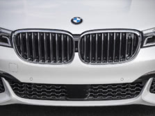 2016-BMW-7-Series-Exterior-Detail-1500x1000.jpg