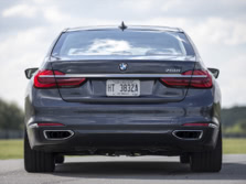 2016-BMW-7-Series-Rear-1500x1000.jpg