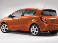 2016-Chevrolet-Sonic-Rear-Quarter-1500x1000.jpg
