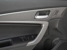2016-Honda-Accord-Interior-Detail-2-1500x1000.jpg