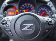 2016-Nissan-Z-Steering-Wheel-Detail-1500x1000.jpg