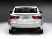 2016-Toyota-Avalon-Rear-1500x1000.jpg
