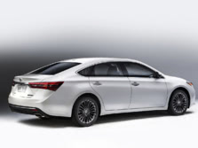 2016-Toyota-Avalon-Rear-Quarter-1500x1000.jpg