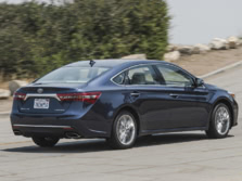 2016-Toyota-Avalon-Rear-Quarter-2-1500x1000.jpg